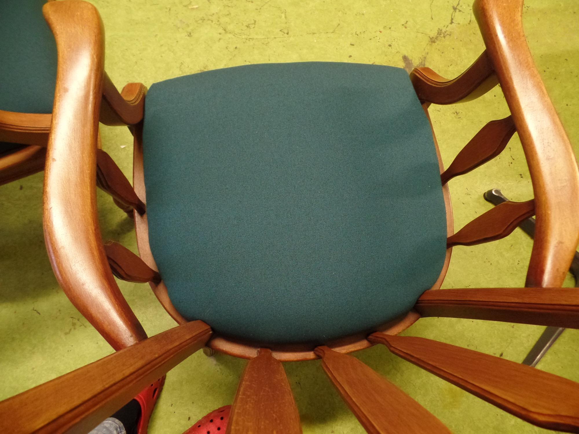 Wonderbaarlijk Bekleden van stoelen - Binnenstebuiten - Atelier voor bekleding AV-97